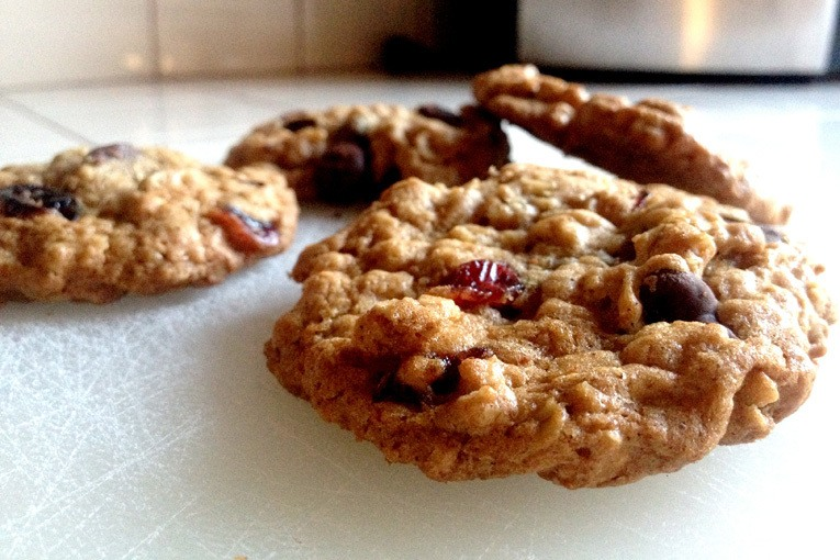 Gluten Free Cranberries and Chocolate Chip Cookies
