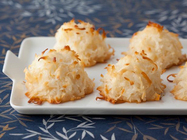 Healthier Coconut Macaroons