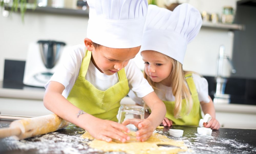 Reasons to Send Your Kid to a Summer Cooking Camp