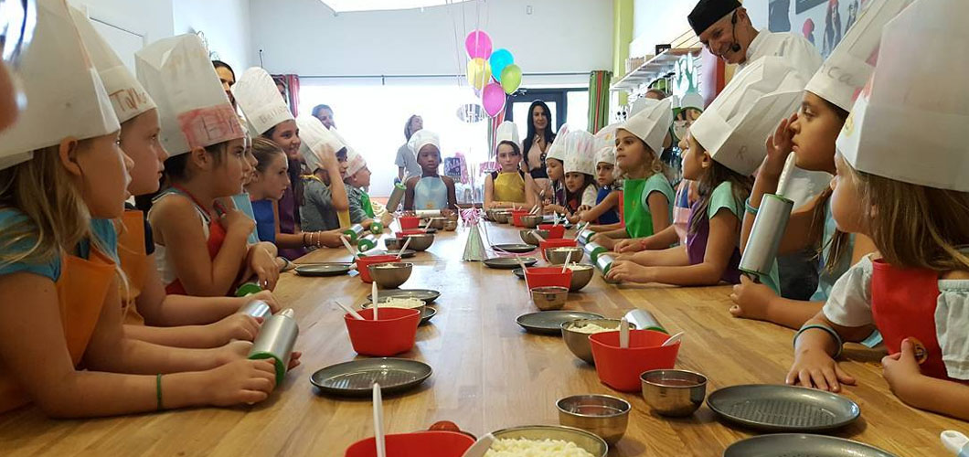 Book A Cooking Birthday Party The Real Food Academy - Childrens cooking birthday parties melbourne