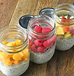 Raw Oatmeal and Fruit