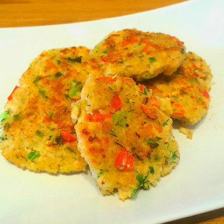 Salmon and Quinoa Patties with Lemon-Yogurt Sauce - The Real Food ...